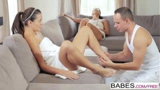 Babes – Step Mom Lessons – Alexa Tomas and Cindy Loarn and George Lee – Spa Day